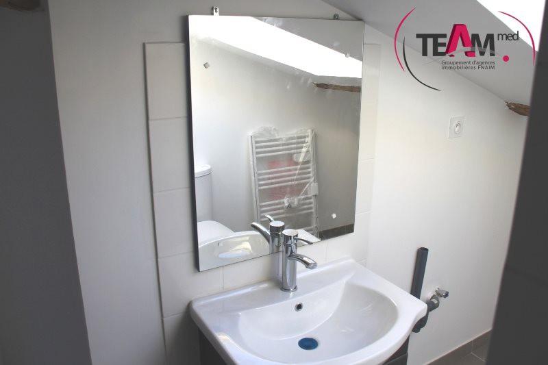 location appartement 2 pieces de 42 m2 34200 sete 7089 appartement. Black Bedroom Furniture Sets. Home Design Ideas